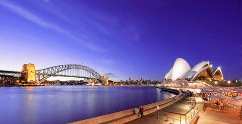 Và Sydney tráng lệ đầy màu sắc.